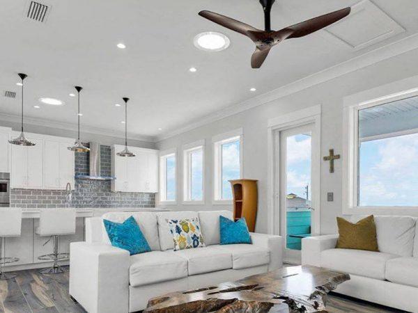 Livingroom with Solatube lighting